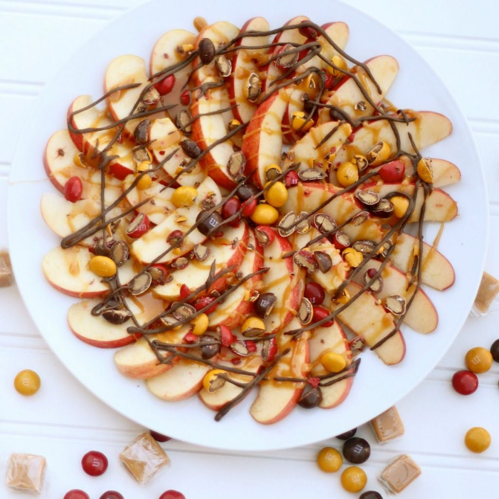 Christmas Colored Desserts With Delicious Treat Caramel Apple Nachos Can Use Different