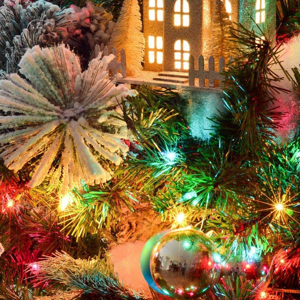 christmas-colored-lights-with-gold-tree-new-traditional