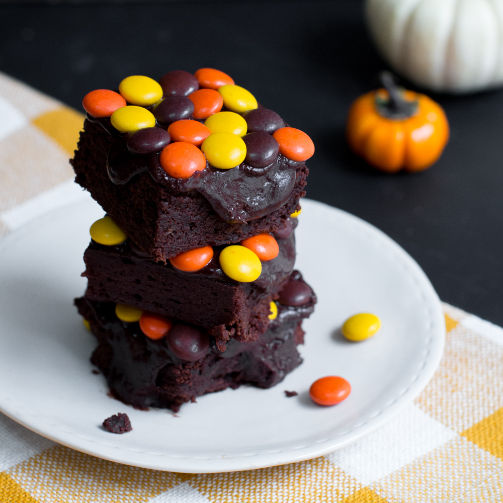 Christmas Colored Reese S Pieces With Brownies