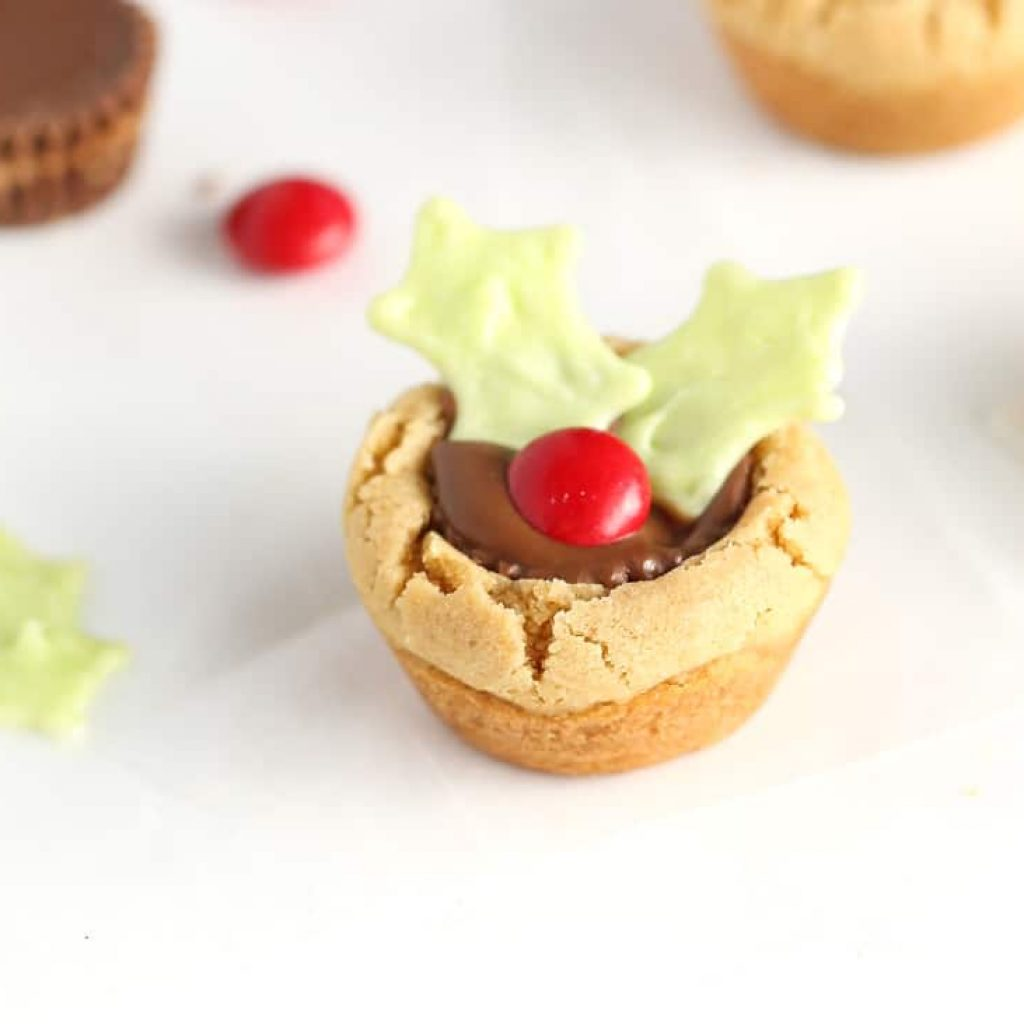 Christmas Colored Reese S Pieces With Easy Holly Cookie Cups Using Reeses Peanut Butter
