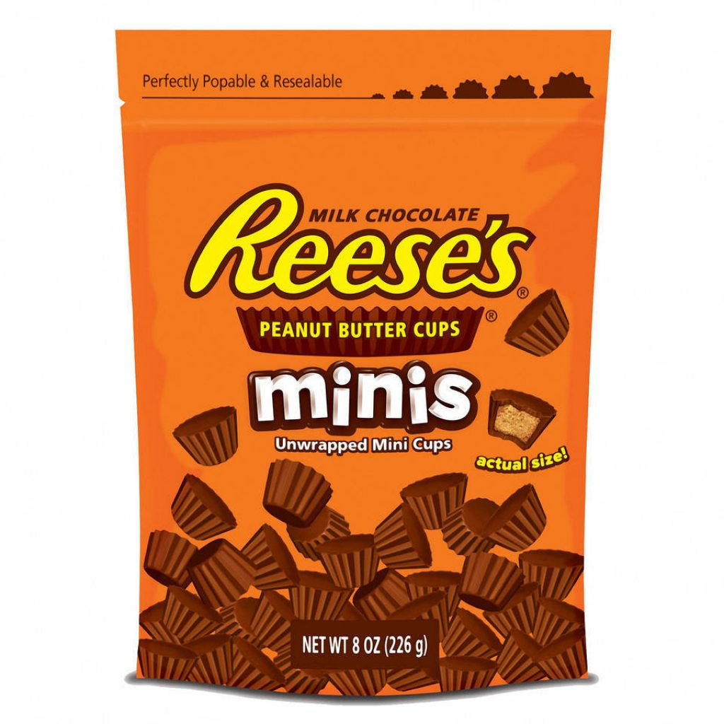 Christmas Colored Reese S Pieces With Reeses Minis PB Pouch 8oz Dollar General