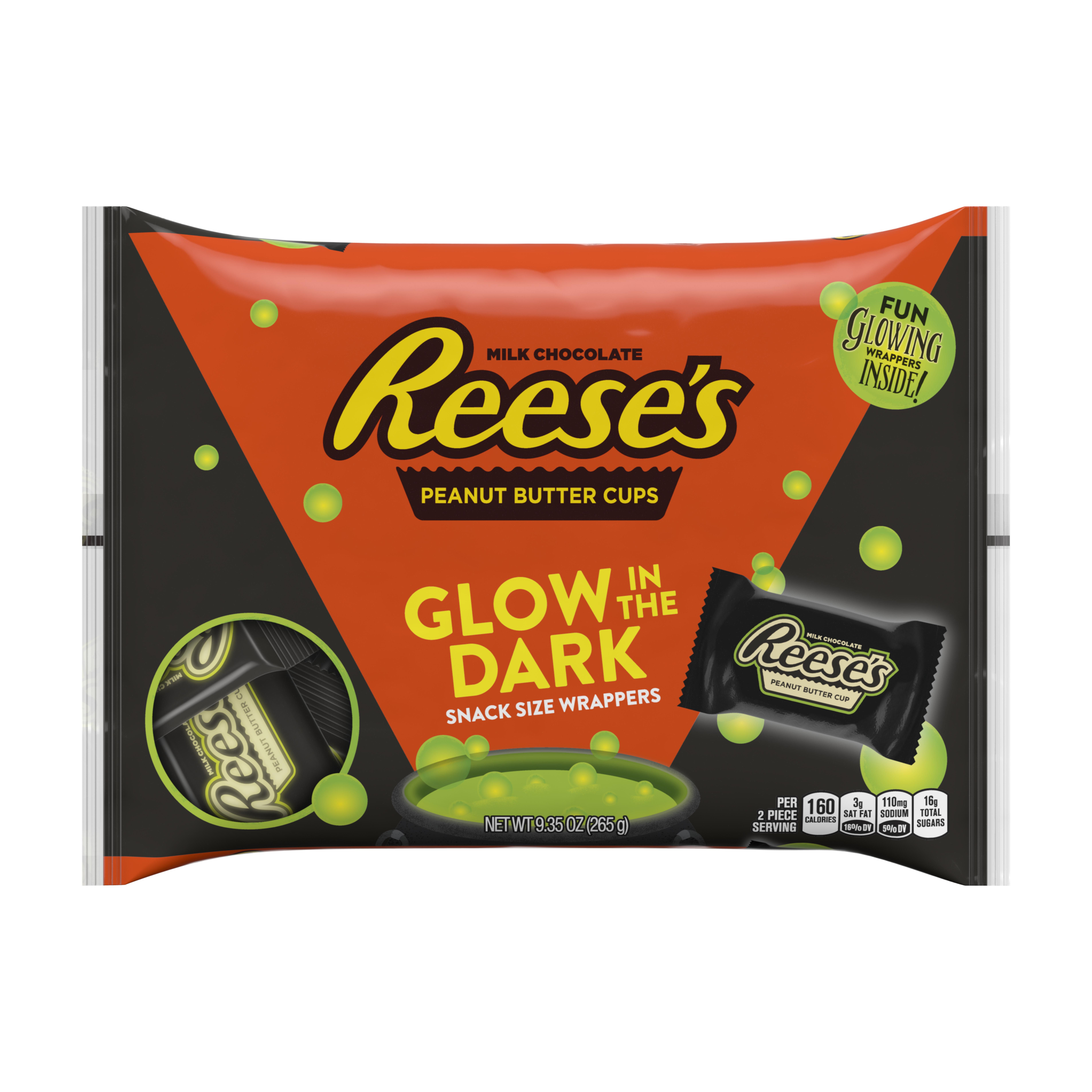 Christmas Colored Reese S Pieces With You Can Buy Glow In The Dark Kit Kats And Hershey Bars
