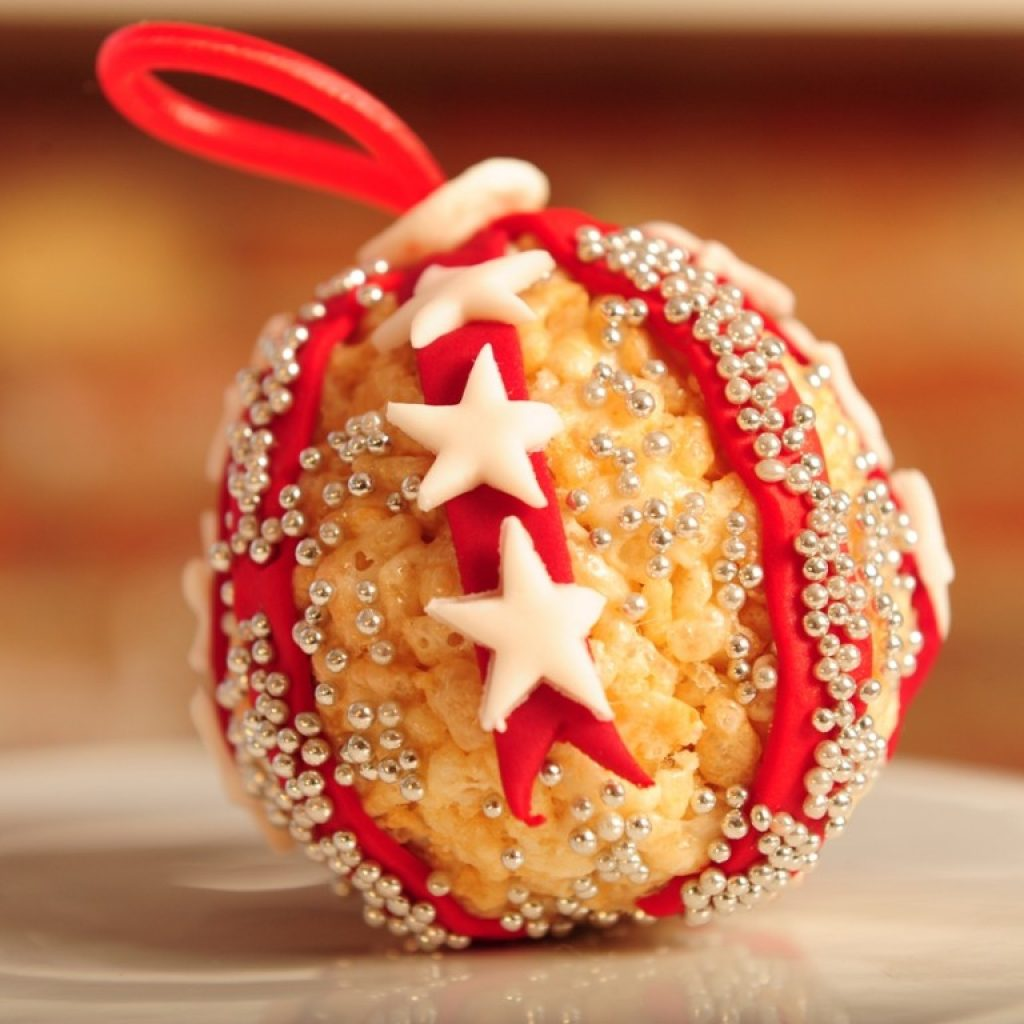 christmas-colored-rice-crispy-treats-with-20-cool-using-kellogg-s-krispies-forkly