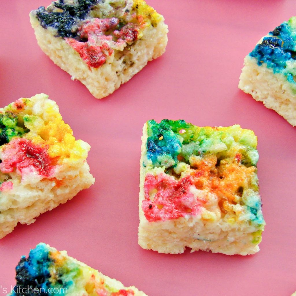 Christmas Colored Rice Crispy Treats With Tie Dyed Krispie