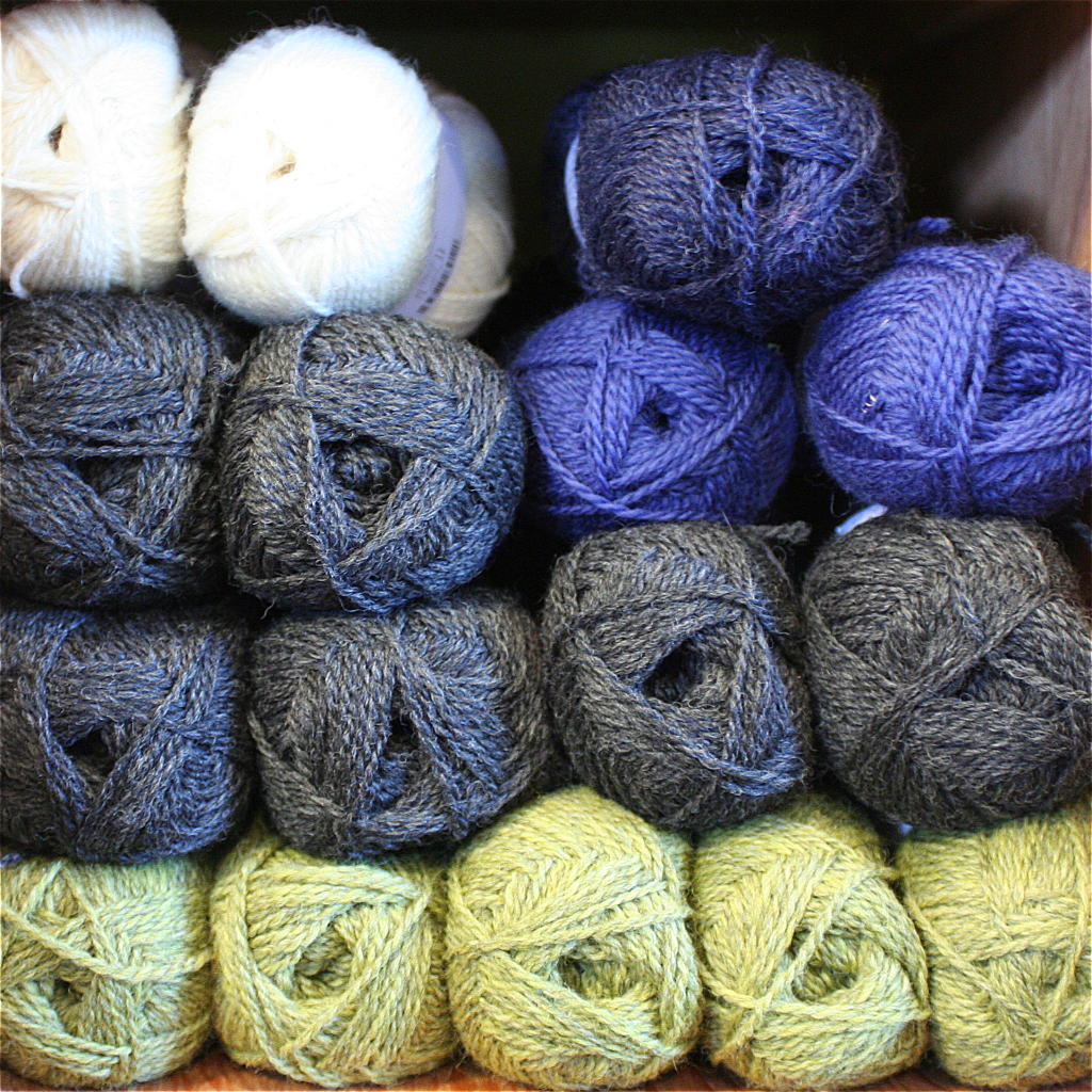 Christmas Colored Yarn With November 2015 Embraceable Ewe Shop