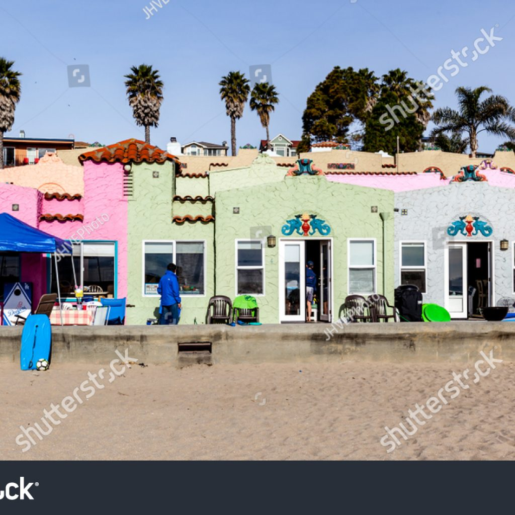 Santa Cruz Colored Houses With California USA March 31 Stock Photo Edit Now 1073432408