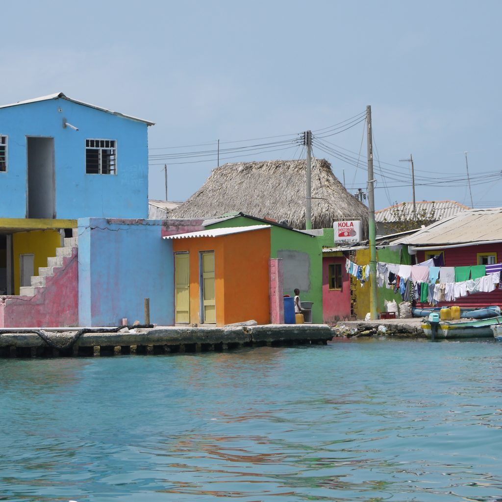 Santa Cruz Colored Houses With File Del Islote JPG Wikimedia Commons