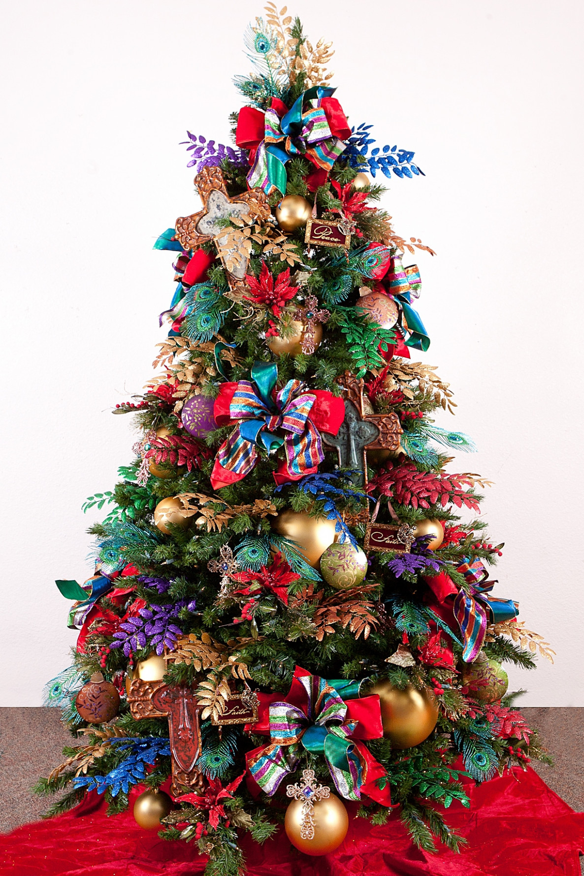 Christmas tree decoration ideas with assorted color ribbon ..