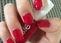 Christmas Colored Nails With Finding The Best Nail Polish Essie Twin Sweater Set A